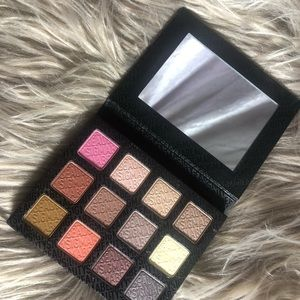 Sigma Brilliant and Spellbinding Palette